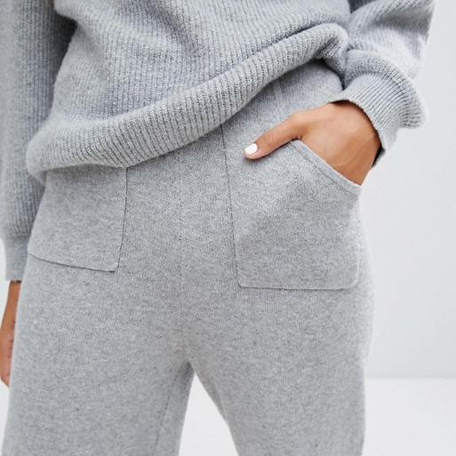 Soft Lounge Jumper - Keeping this on until March 2018