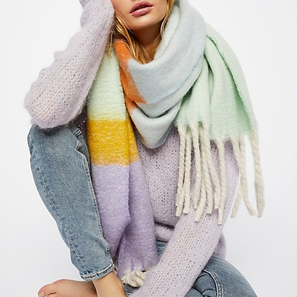 Oversized Pastel Scarf - Soft and oversized, a must when it comes to scarves!