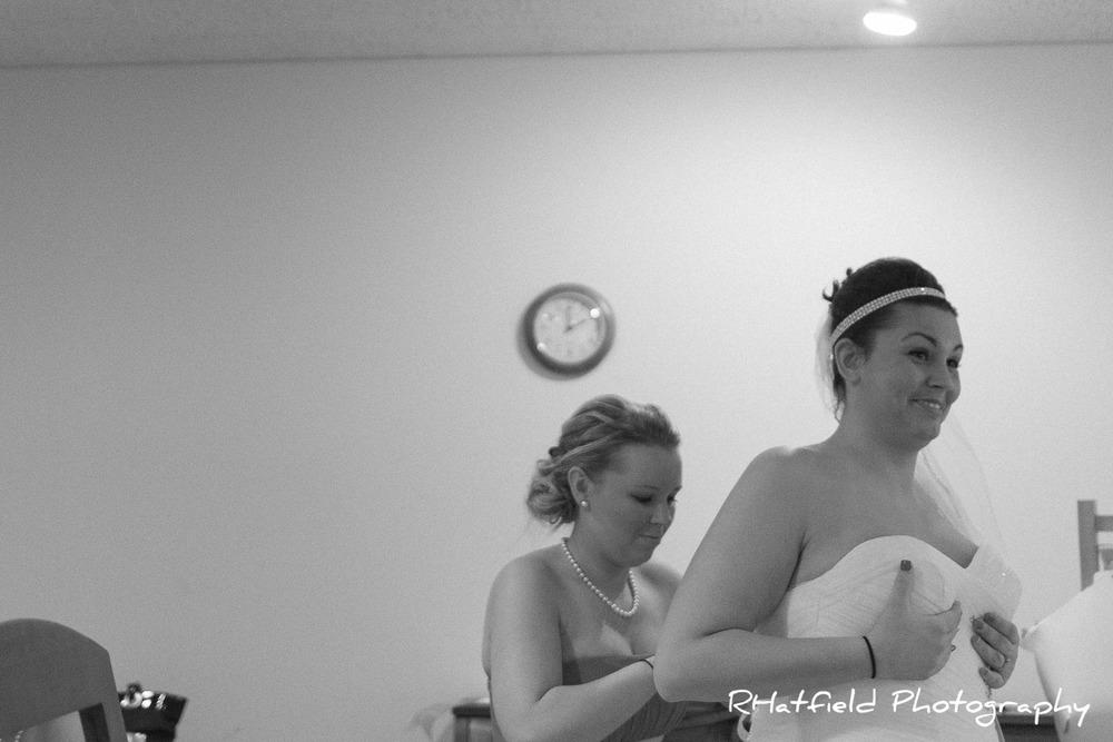 bride_laughing_dress