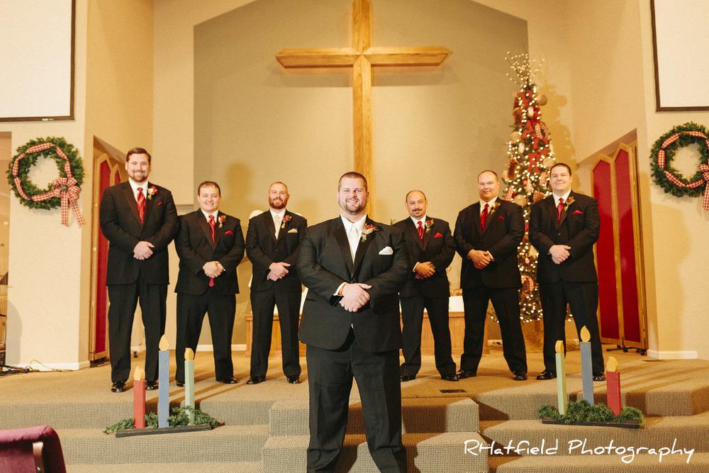 groomsmen_group_portrait_christmas_tree