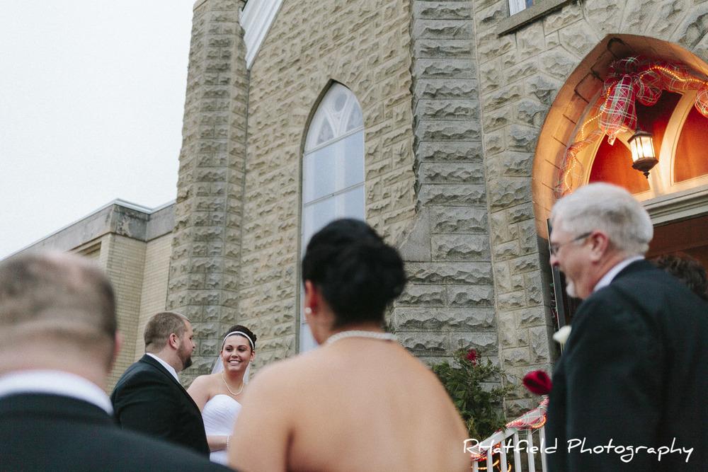 bride_smile_groom_church