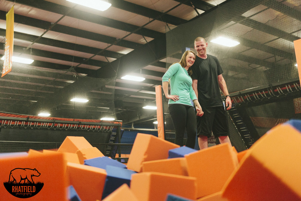 couple-standing-foam-pit