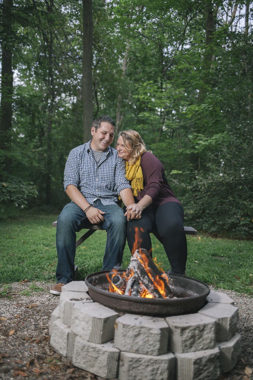 couple smores campfire
