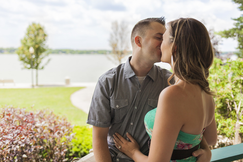 lakehouse-couple-kiss-engagement.jpg
