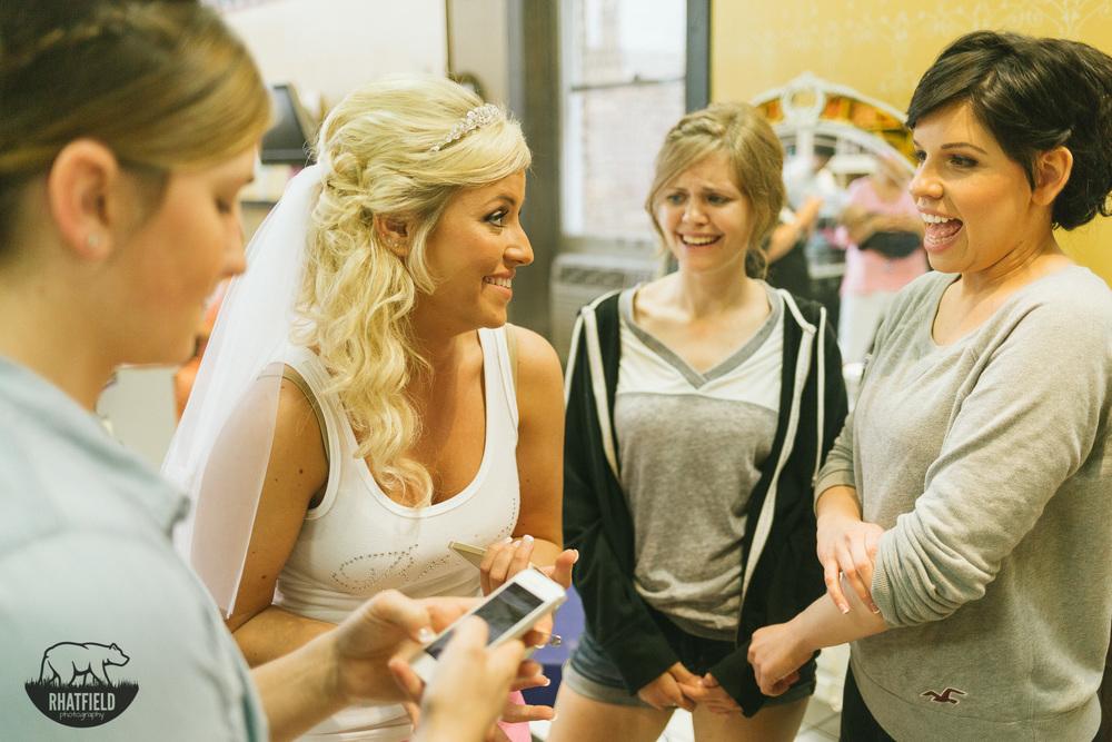 bridesmaids-laughing-bride-salon
