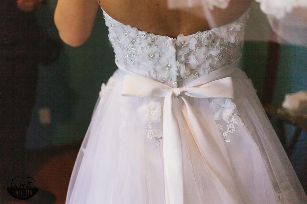 wedding-dress-bow