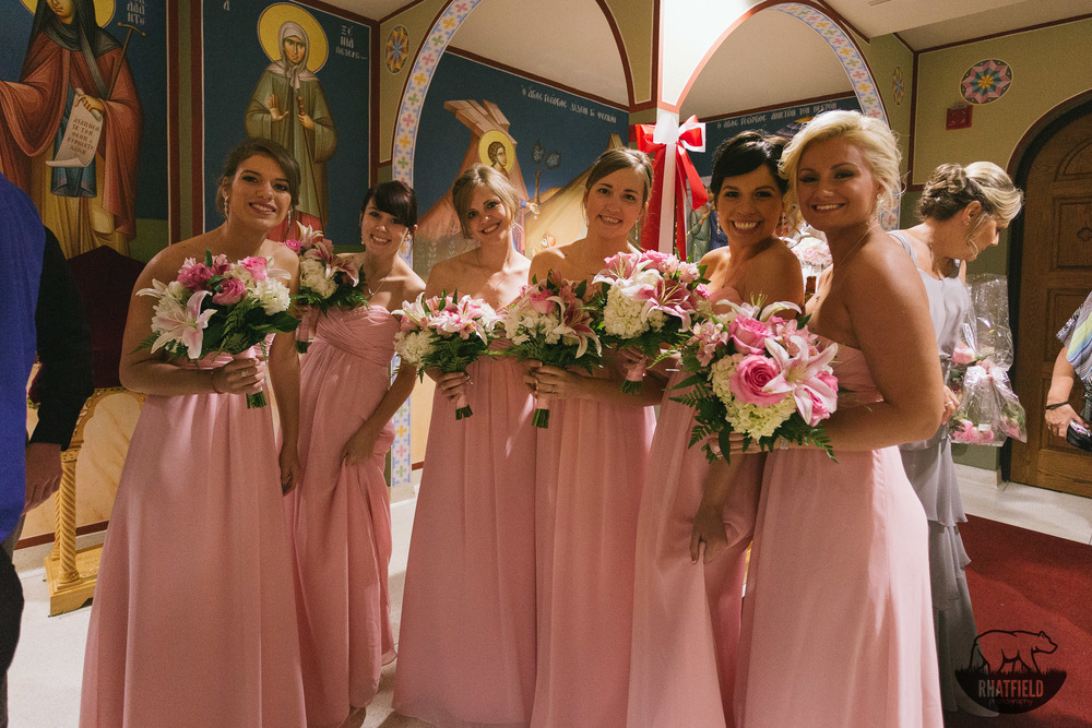 pink- bridesmaids-church-flowers