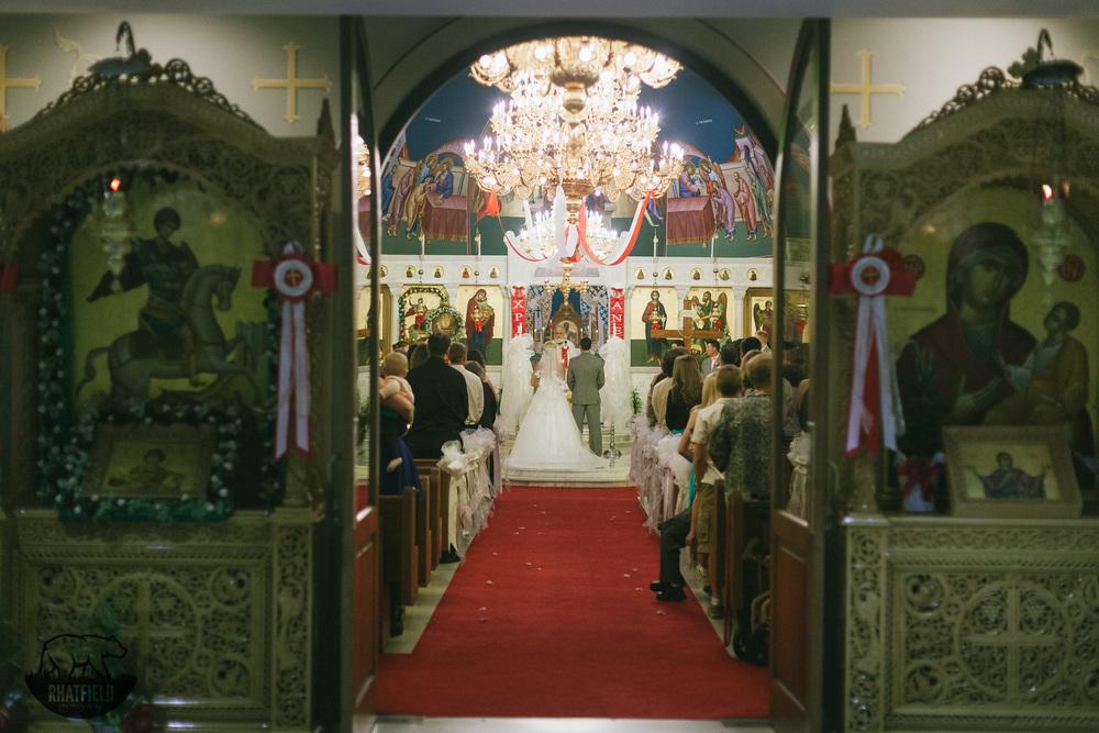 bride-groom-church-doors