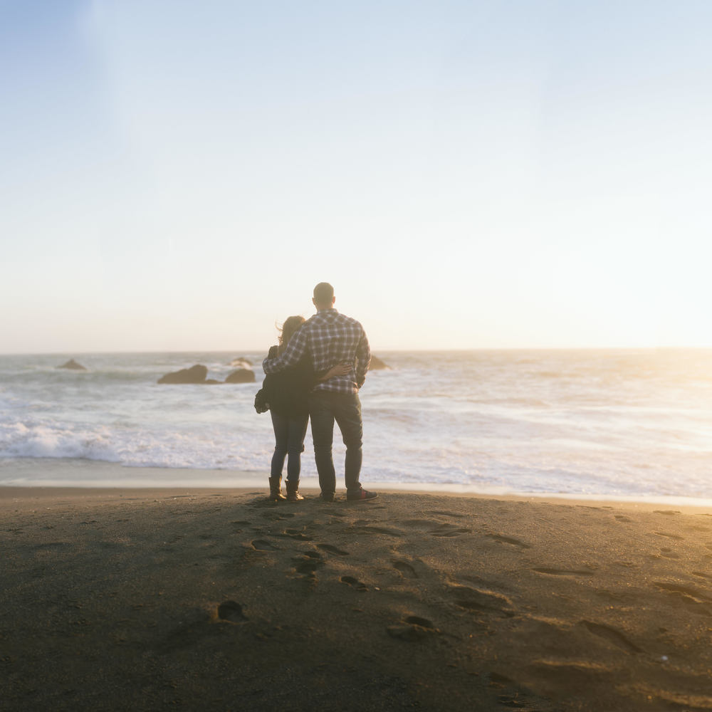 brenizer-bodega-bay-couple