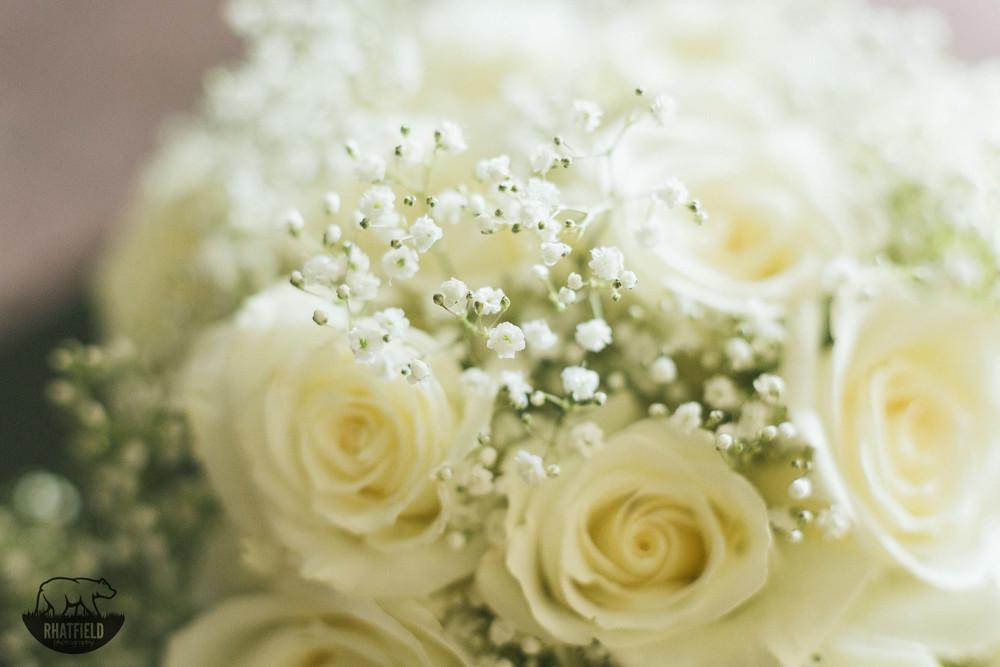 White-Bridal-Roses