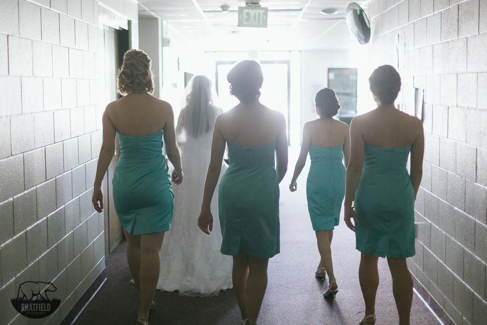 Bridesmaids-walking-epic