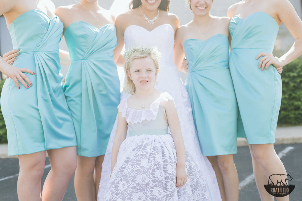 Flower-girl-bridal-party