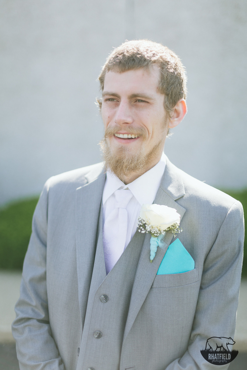 grooms-portrait-marion-indiana-teal
