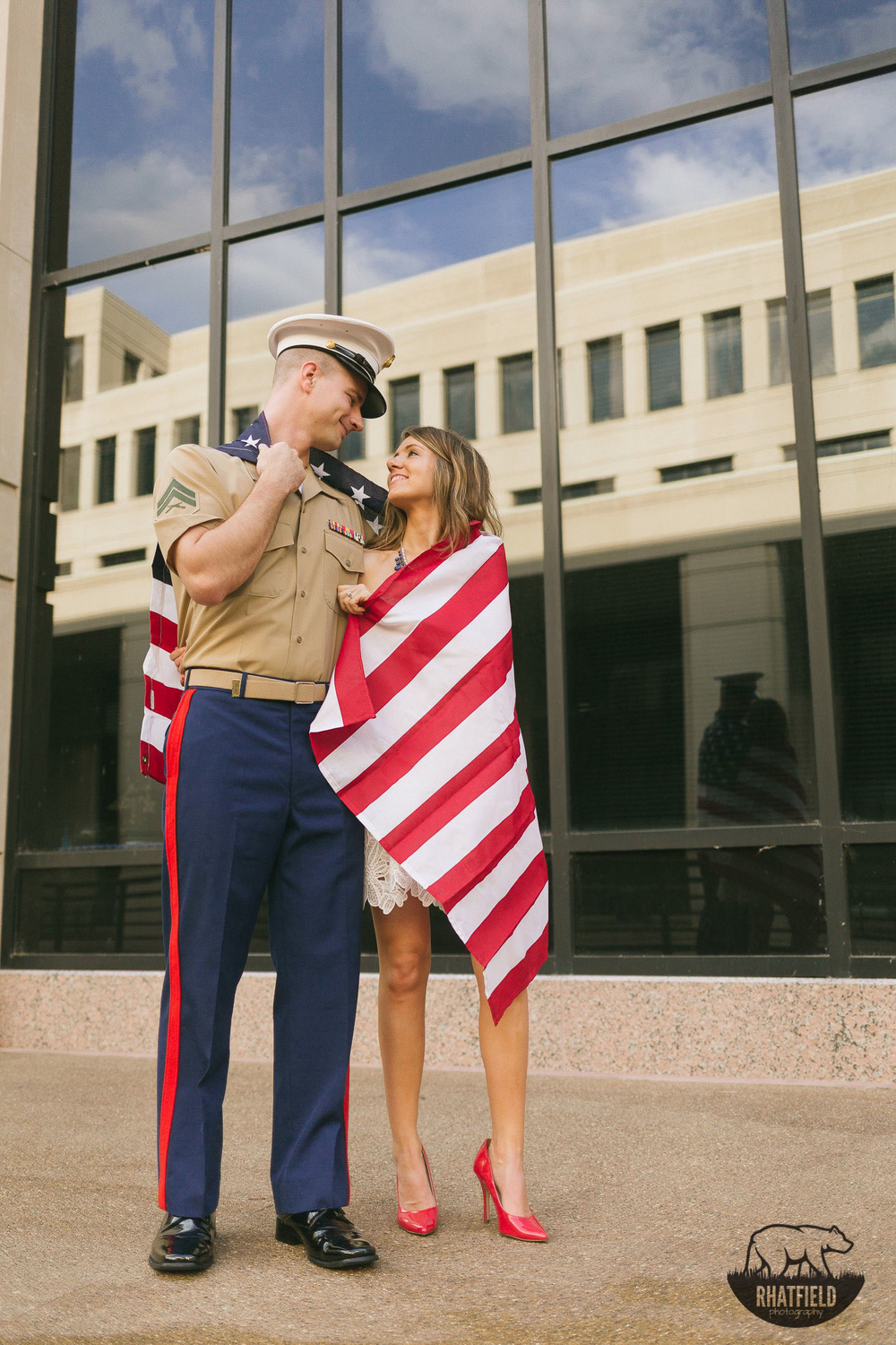 marine-couple-wrapped-in-american-flag