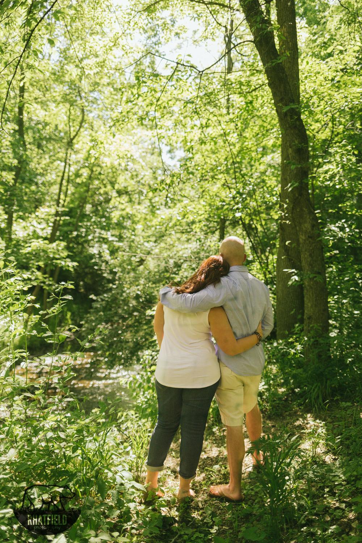 couple-embrace-creek-indianapolis