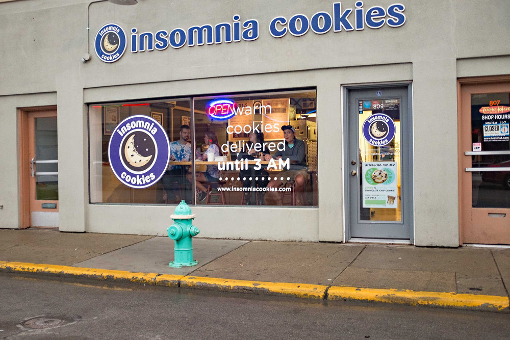 insomnia-cookies-indianapolis-engagement