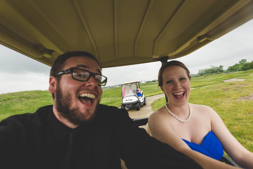 wedding-photographer-selfie-bridesmaid