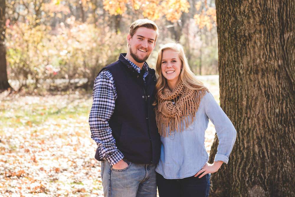 fall-engagement-session-without-props