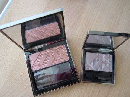 Light Glow in Tangerine # 6 and Sheer Eye Shadow in Rosewood # 9