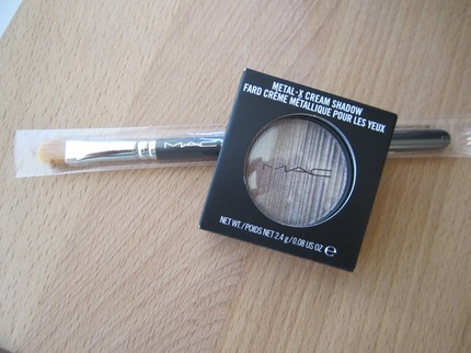 MAC Palladium & Brush # 242
