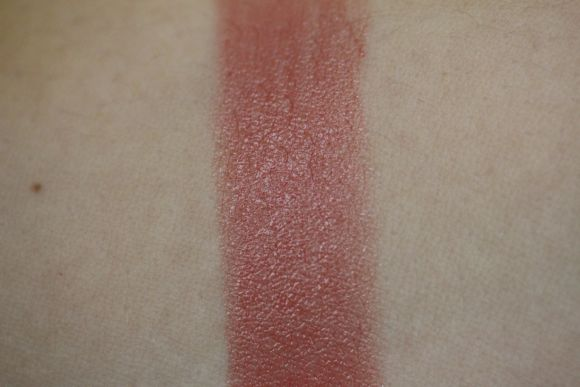 Nude in Private swatch without flash