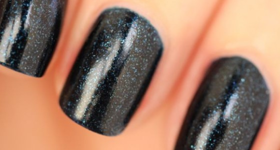 CND Vinylux Midnight Swim