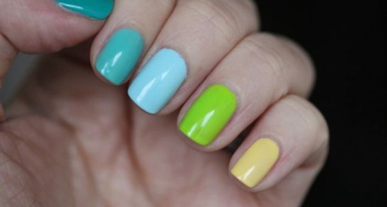 Green Ombre manicure