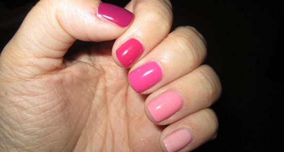 Pink Ombre manicure