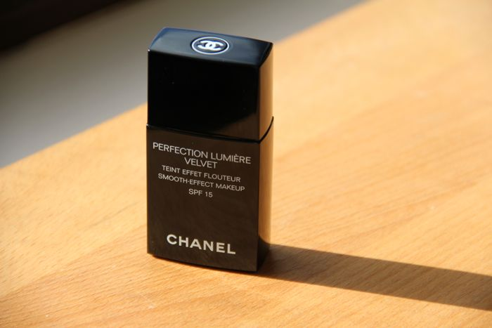 Chanel's Perfection Lumiere Velvet in 30 Beige