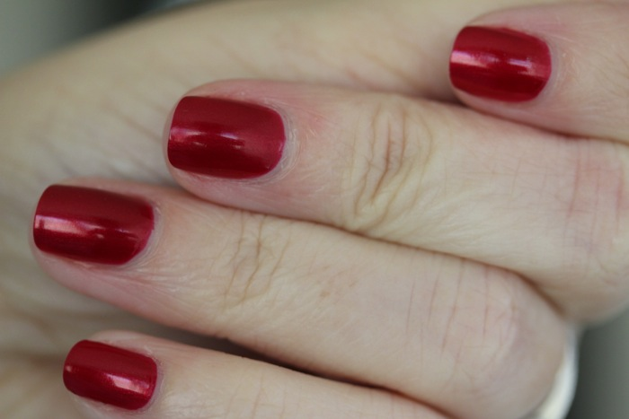 CND's Vinylux in Red Baroness