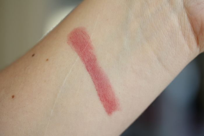 Swatch of Hot Tahiti