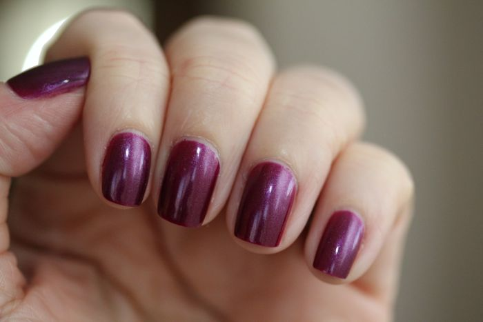 CND's Vinylux in Tango Passion