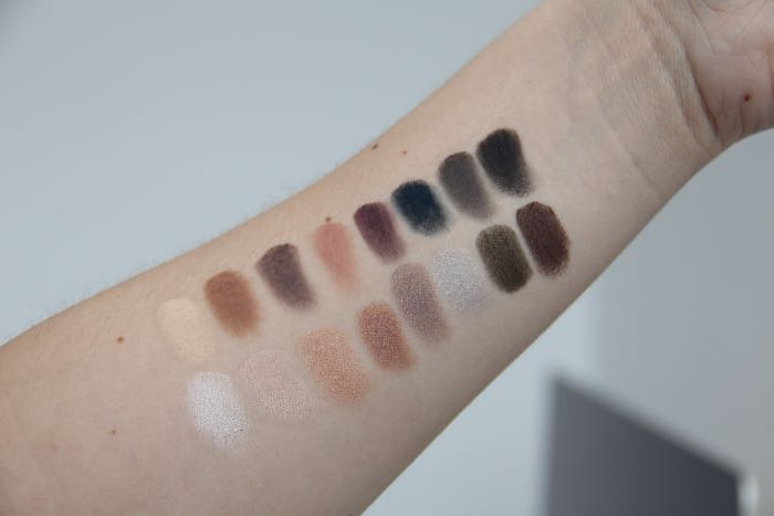 Pro Palette 2 swatches from left to right starting on the top row: Buff, Light Brown, Cool Gray, Plum, Navy, Charcoal, Black, Snow, Beige, Rose, Mocha, Chrome, Silver, Jade and Cocoa.