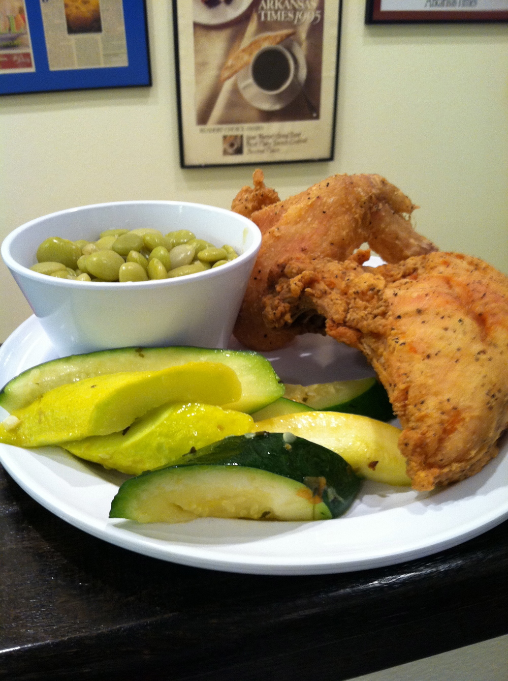 Fried chicken with squash and zucchini and lima beans