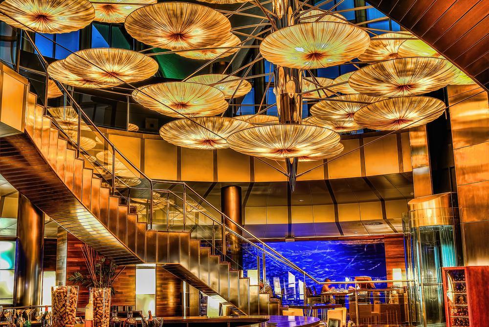 El restaurante en el Oceanografo. la comida es muy buena . me encanto las entradas , la Paella es so so.