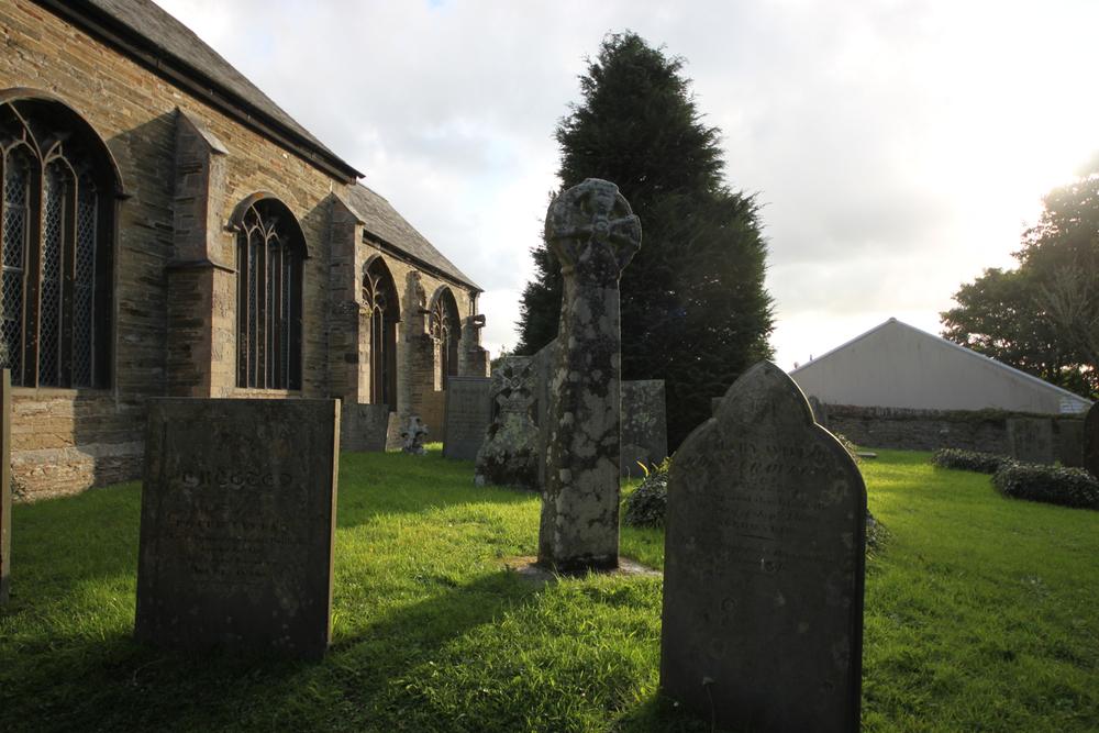 celtic four holed cross