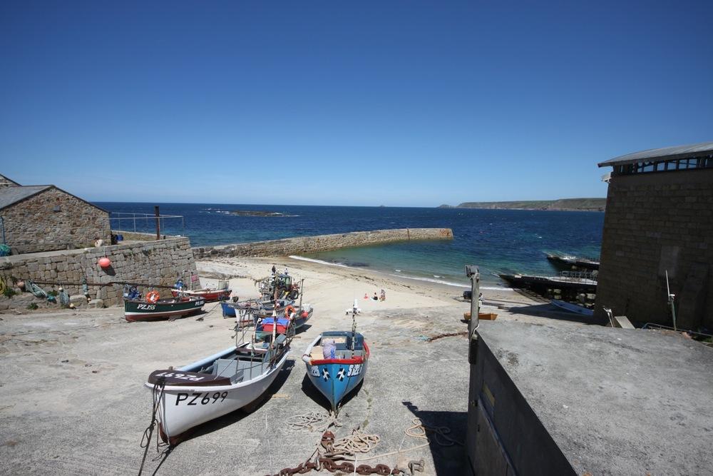 sennen cove harbour