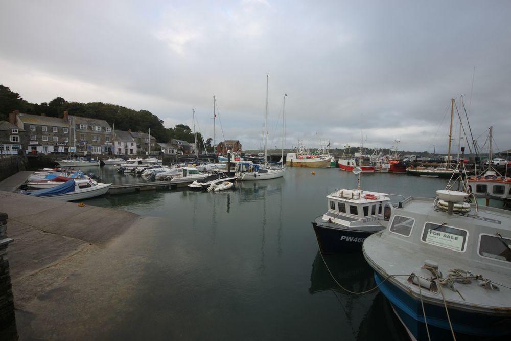 padstow harbour 2.jpg