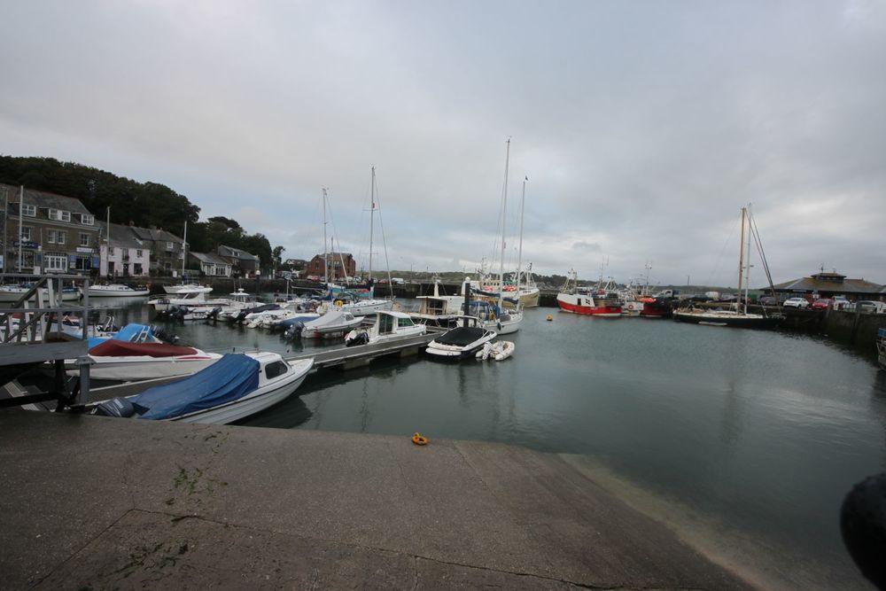 padstow harbour 1.jpg