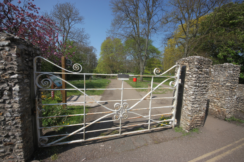 toll house gate