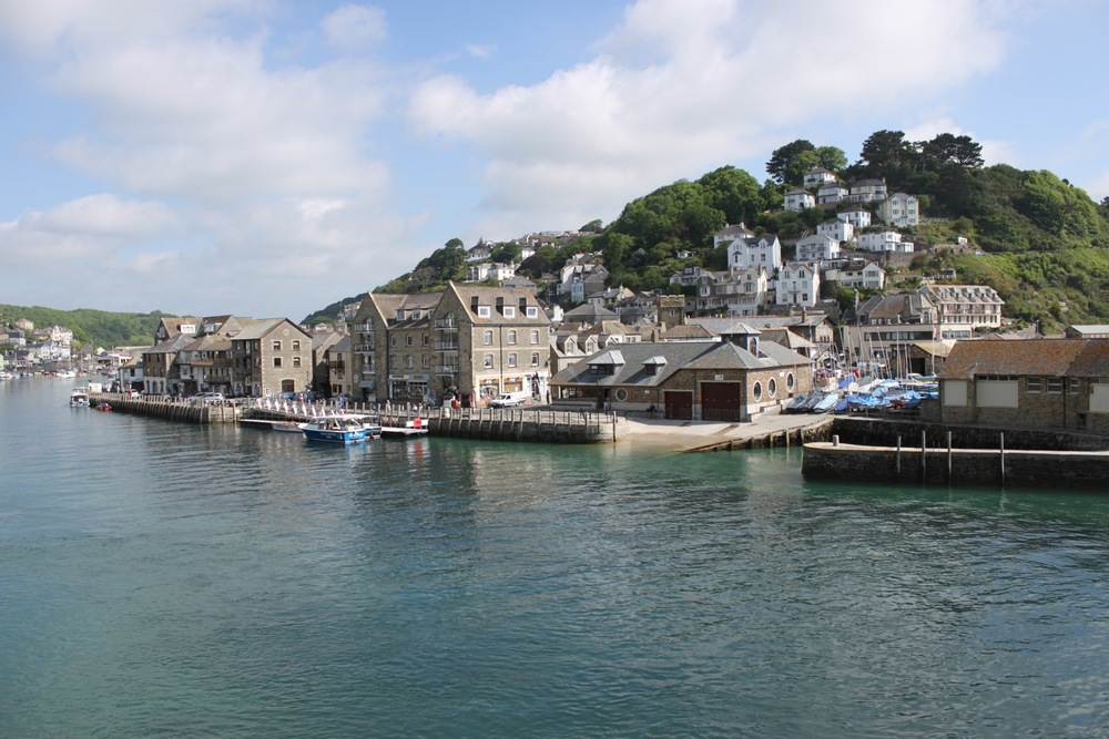 looe harbourside 2.jpg