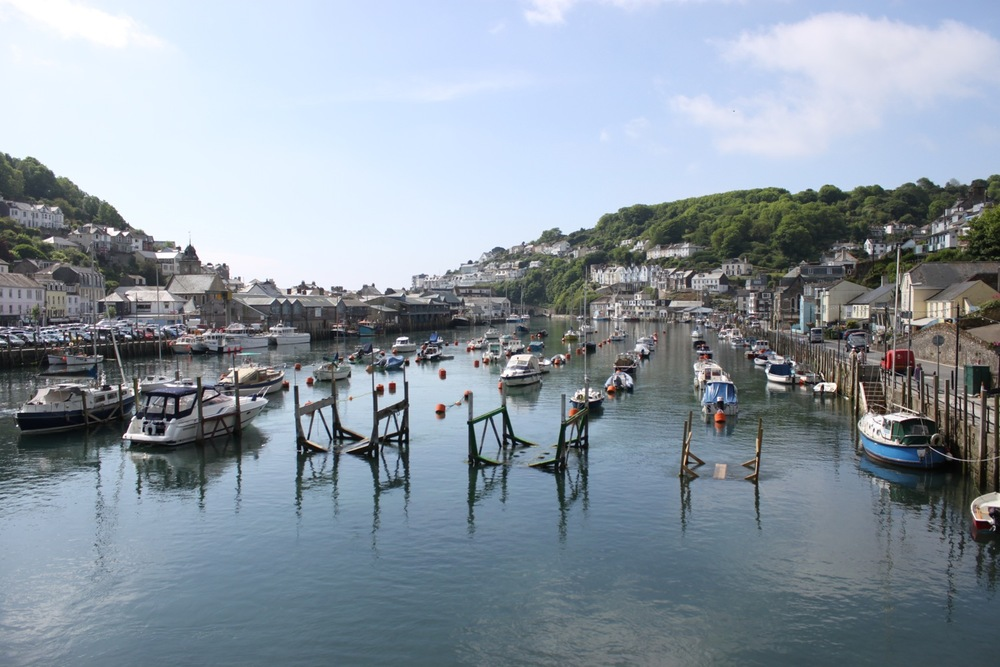 view back along looe harbour