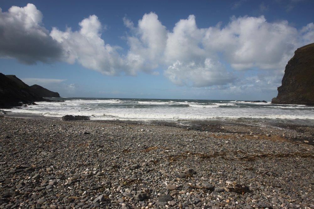 crackington haven beach