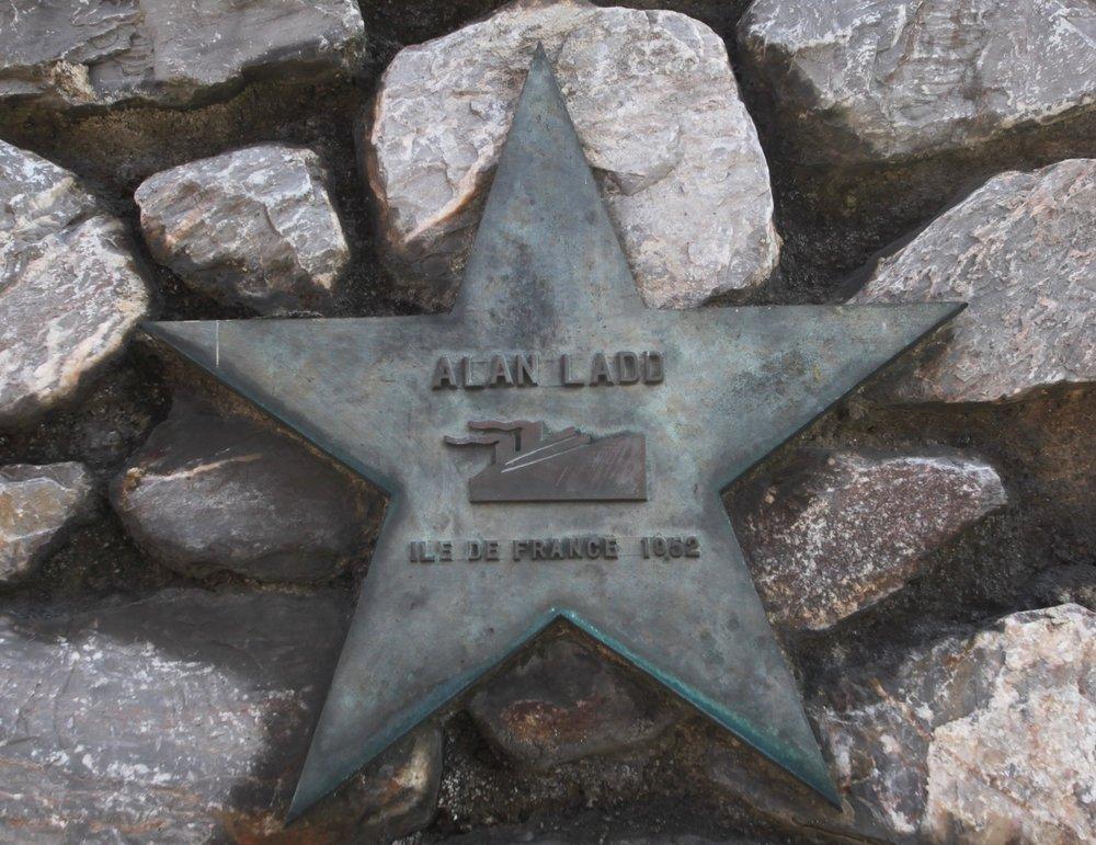 wall of stars 1.jpg