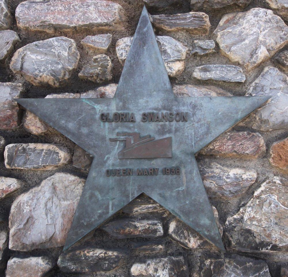 wall of stars 17.jpg