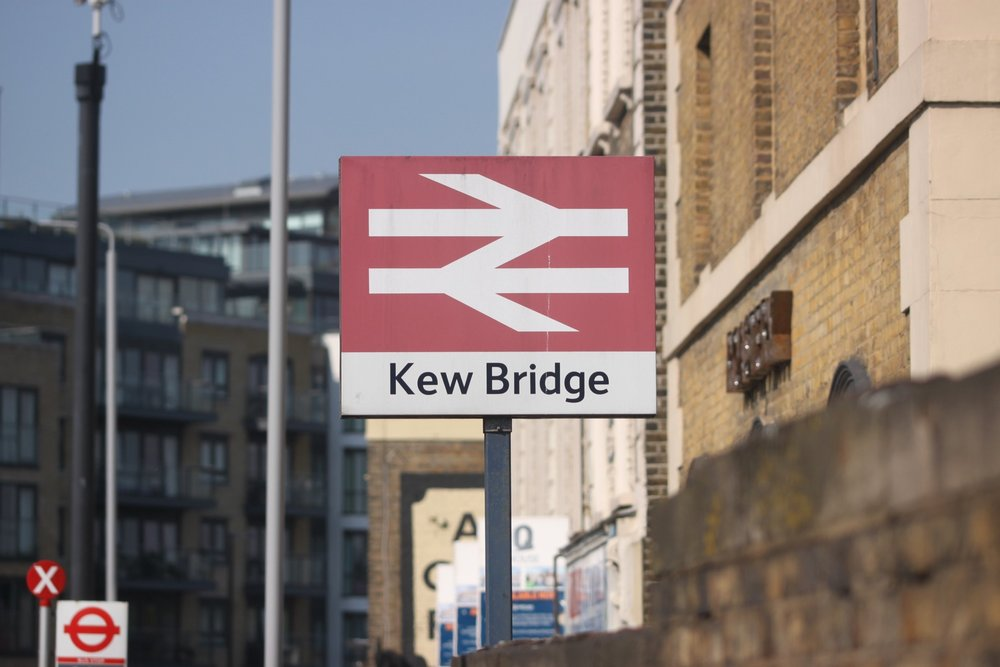 kew bridge.jpg