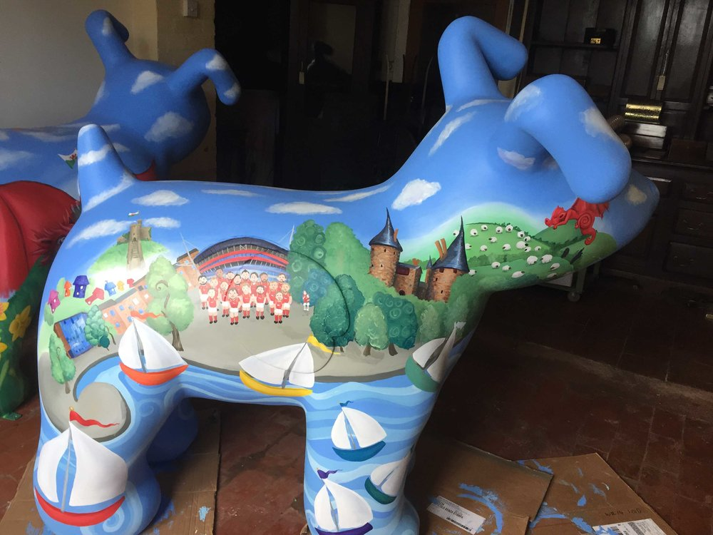 Swirly Whirly Snowdog side 2.jpg