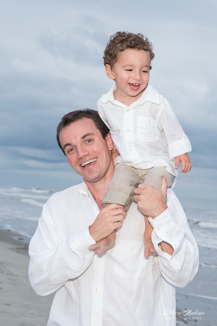 Beach-Family-Photographer-SC-140909-18.jpg