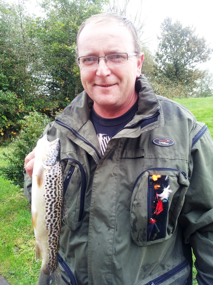 Phil Holmes from Seaford bagged this 2lb 2oz brownie on a White & Green Cats Whisker