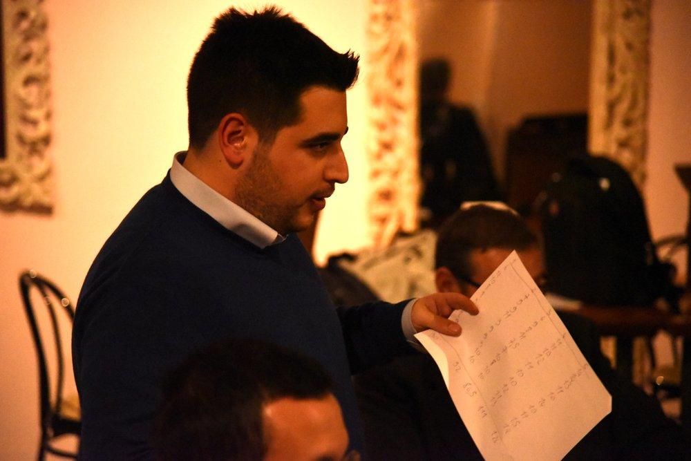 Giuseppe conta i voti